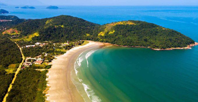 Praia da Boracéia, junto ao camping de mesmo nome em Bertioga