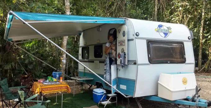 Padang Surf Camping em Itamambuca