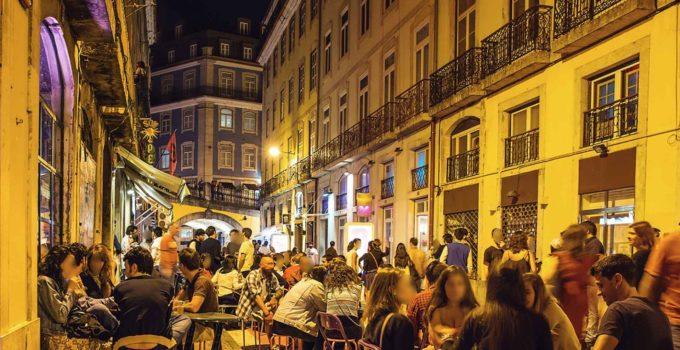 Lisboa e sua alegra vida noturna
