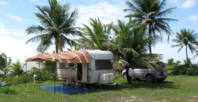 Nosso trailer nas praias de Prado na Bahia