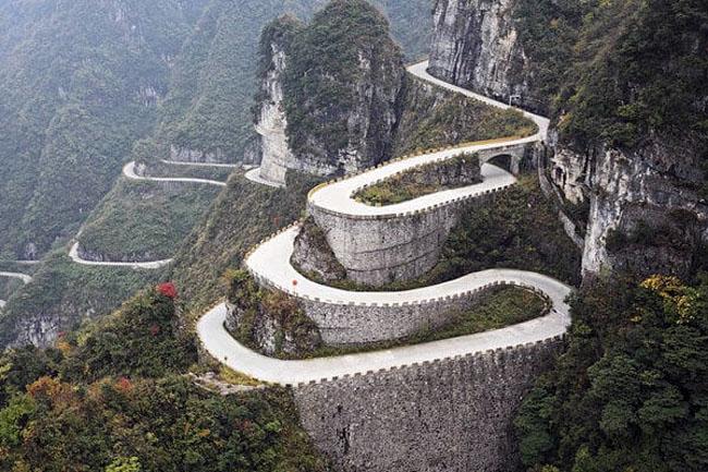 Estradas mais perigosas do mundo: quer se aventurar? 11