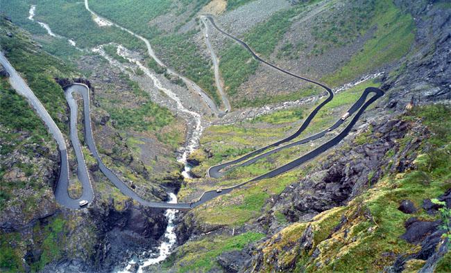 Estradas mais perigosas do mundo: quer se aventurar? 6