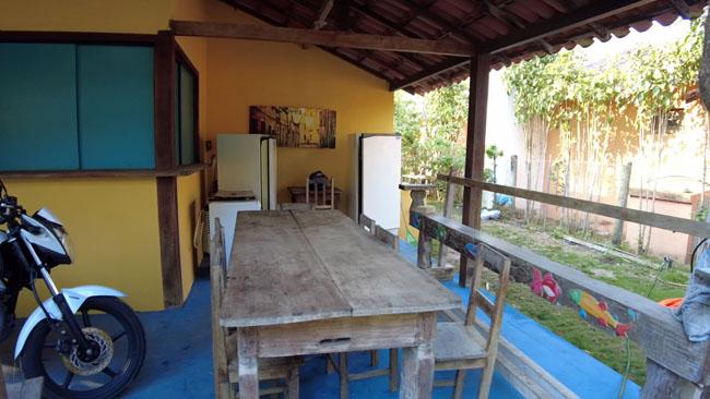 cozinha-do-camping-retiro-das-maritacas-em-itaunas-ES