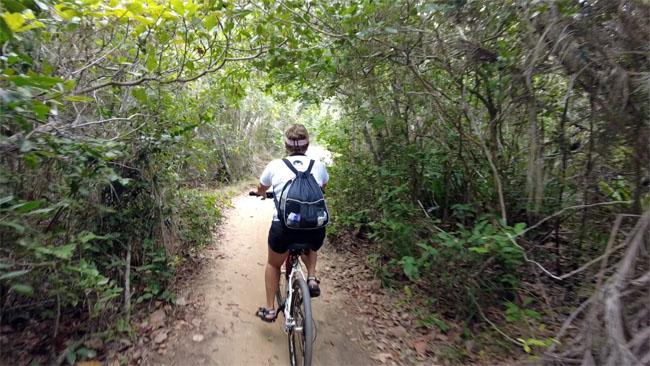 Fazendo a trilha do Pescador de bicicleta